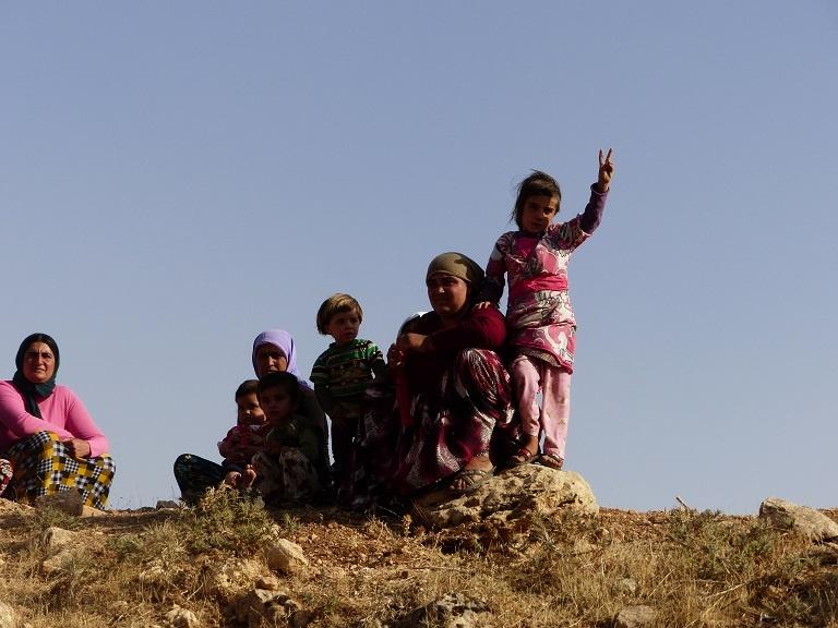 yazidi_resistance_genocide2a.jpg_147500982